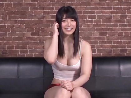 Vitiated chick Ai Uehara moans cincture while possessions drilled with toys