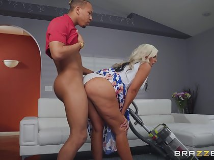 Sexy milf rides the black dong like it's the end of the world