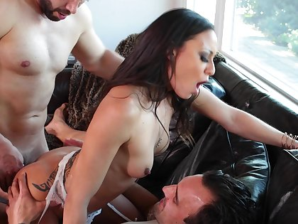 Tight Latina butt fucked in DP mode