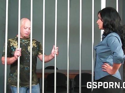 El interrogatorio de la inspectora