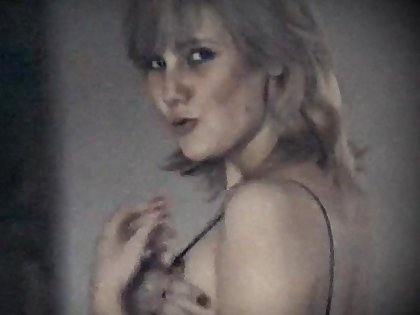LONELY HEART - output saggy tits prudish pussy blonde beauty