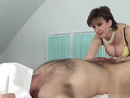 Unfaithful english milf lady sonia shows her big titties