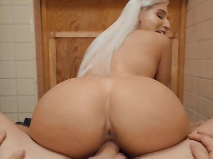 Steam prat blonde gives her man a nice fucking session