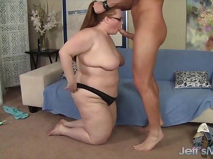 Cock hungry BBWs taking stiff added to thick dicks inside mouth added to perform awesome blowjobs