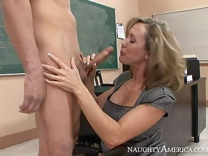 Caucasian Brandi Love fucking in the classroom with her bowels